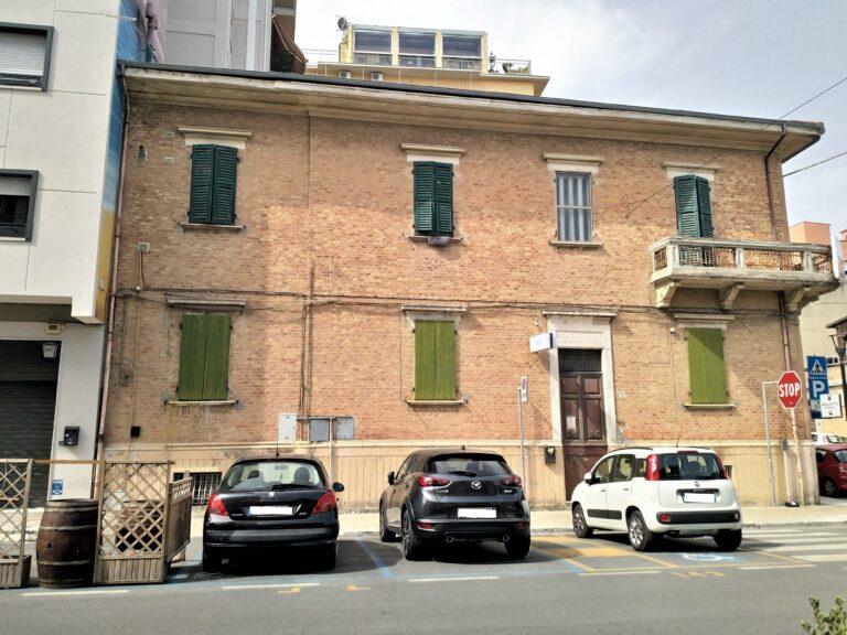 2378 Appartamento in vendita a Falconara